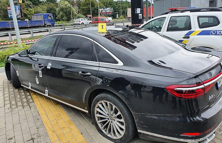 A támadók 20 lövedéket lőttek ki, az elnöki tanácsadó gépkocsijába 12 golyó fúródott, három pedig a sofőrje testébe #moszkvater