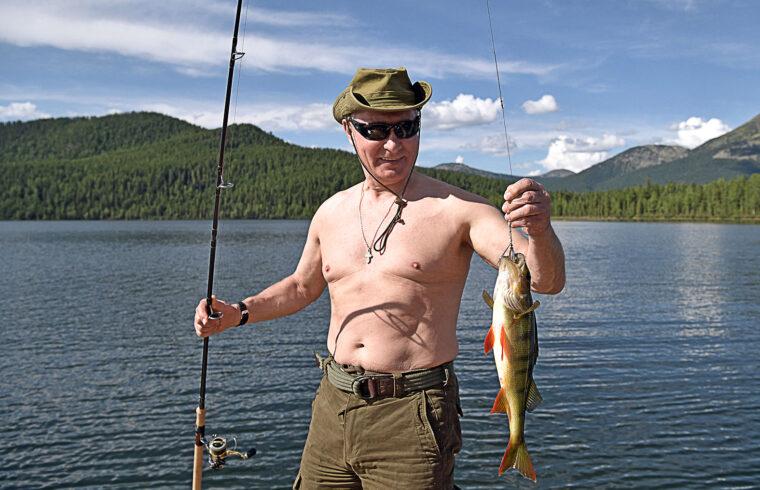 Az orosz elnök láthatóan élvezi a pihenést, és otthon érzi magát a természetben #moszkvater