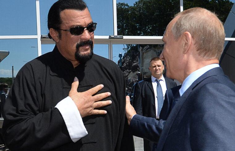 """""""Filmekben, reklámokban szerepelt, üzletelni kezdett, majd megismerkedett egy fogadáson Vlagyimir Putyinnal, akivel a mai napig kölcsönösen tisztelik egymást"""" #moszkvater"""