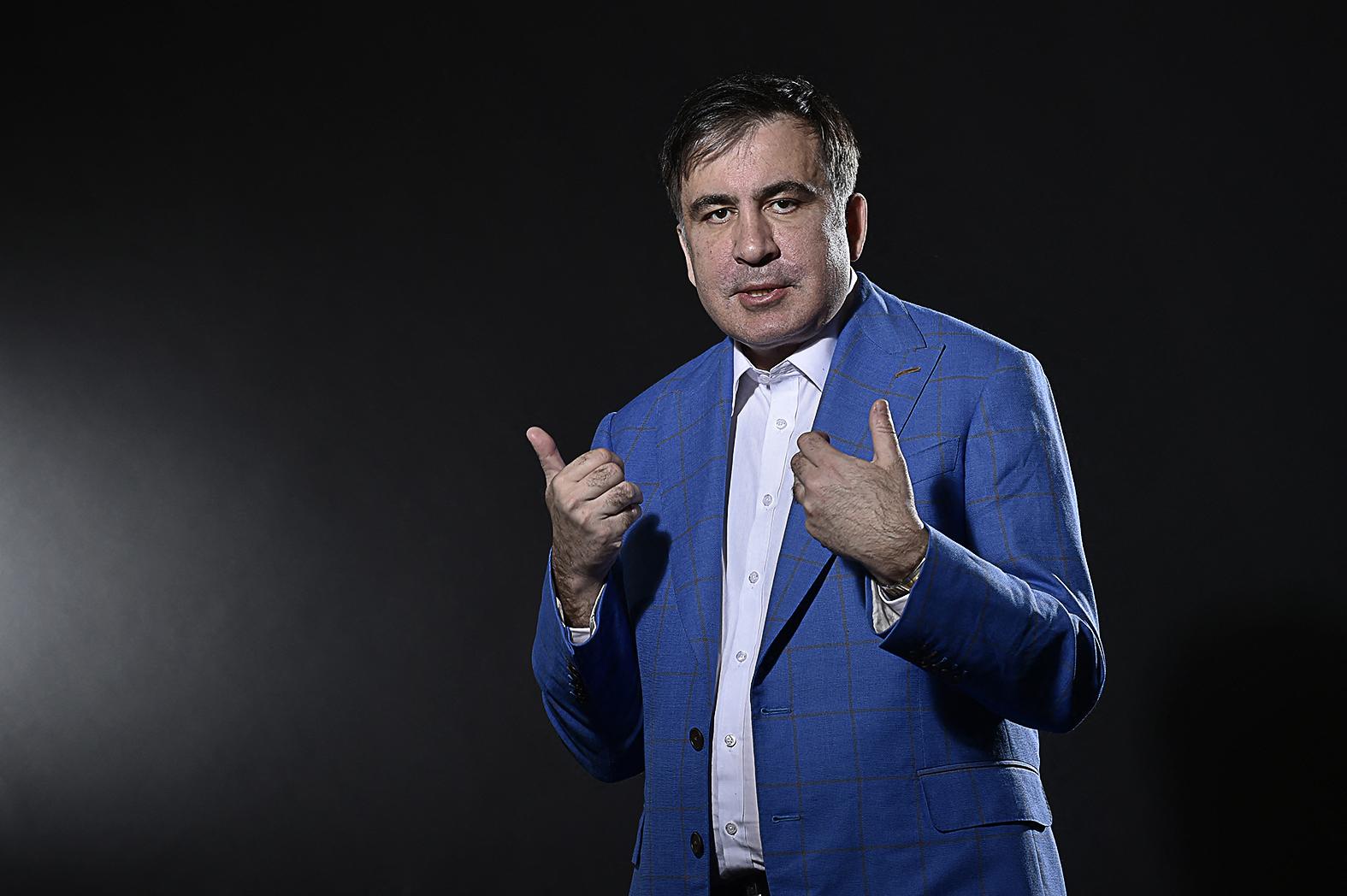 """""""Szaakasvili rövid megszakítással 2013-ig az ország elnöke maradt, közel tízéves uralmáról azonban megoszlanak a vélemények"""" #moszkvater"""