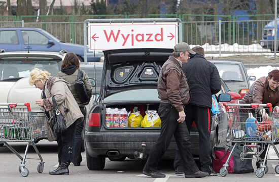 """""""Egy átlagos bevásárlás két évvel ezelőtt nagyjából 275 złotyba került, míg ma közel 300 złotyt kell ugyanezért fizetni"""" #moszkvater"""