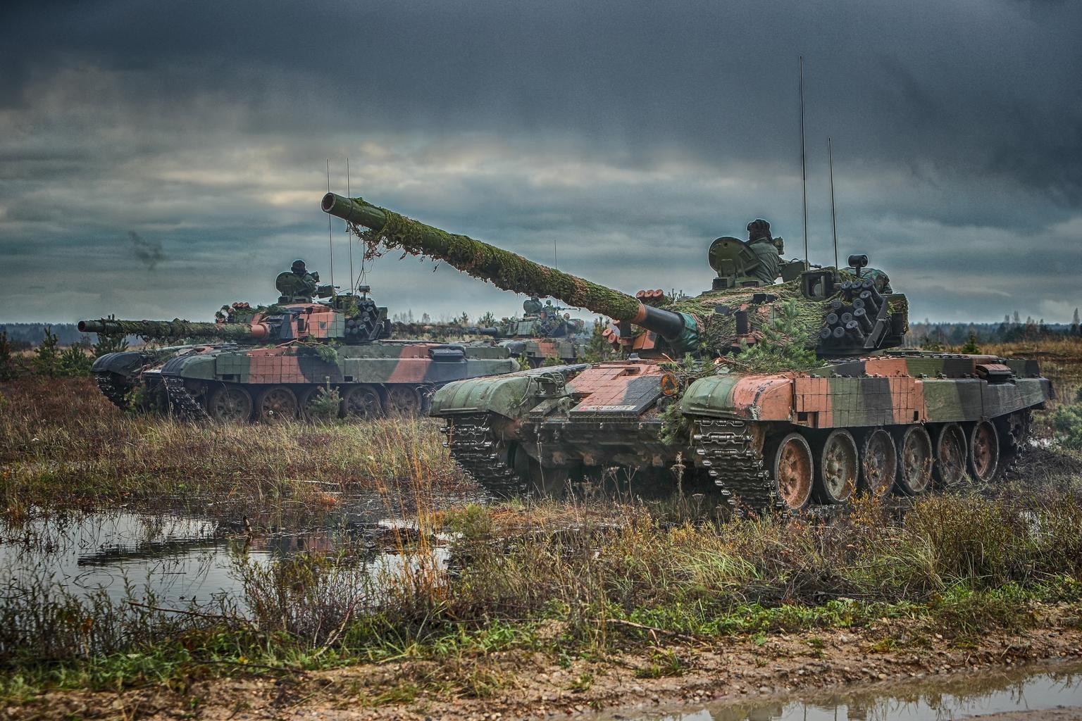 """PT-91 Twardy harckocsik a litvániai """"Sudraba Bulta 2017"""" hadgyakorlaton #moszkvater"""