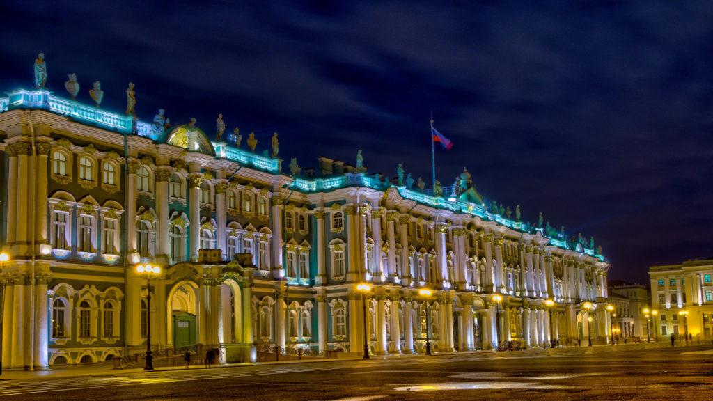 Az Ermitázs épülete Szentpéterváron Fotó:Gilbert Sopakuwa/Flickr #moszkvater
