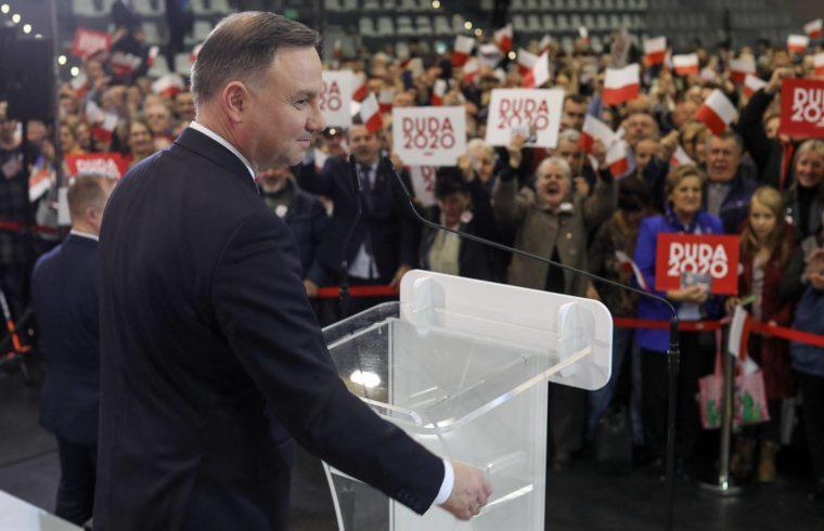 Az elnökválasztás favoritja a jelenlegi államfő Andrzej Duda #moszkvater