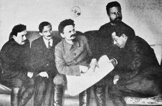 Kun Béla, Jacques Sadoul, Trockij, Mihail Frunze és Szergej Guszev Harkov közelében az orosz polgárháborúban 1920-ban #moszkvater
