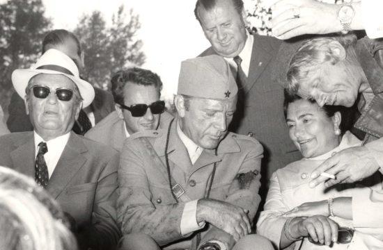 Josip Broz Tito, Richard Burton és Jovanka Broz Tito a Sutjeska című partizánfilm forgatásán 1971-ben #moszkvater